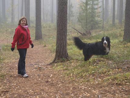Donna ja äiskä mettän siimeksessä